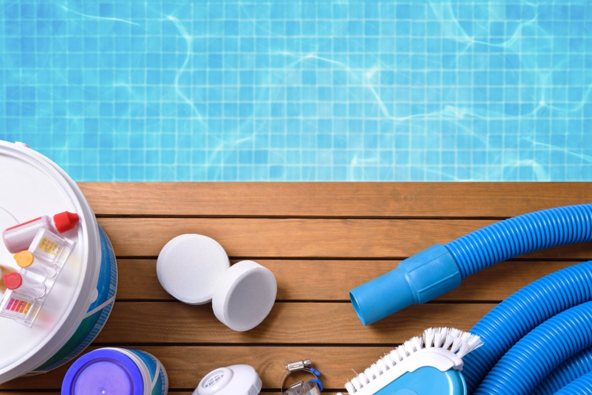 pool-maintenance--1200x801.jpeg
